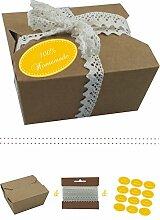 das-label | 10 x Geschenkboxen aus braunen Kraftkarton mit dunkelgelb-creme Aufkleber 10 x 100% HOMEMADE + Häkelspitze | Naturboxen als Geschenkverpackung oder Transportbox für Kuchen | Cupcakes | Pralinen | Kekse und viel mehr