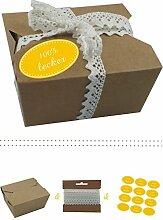 das-label | 10 x Geschenkboxen aus braunen Kraftkarton mit dunkelgelb-creme Aufkleber 10 x 100% LECKER + Häkelspitze | Naturboxen als Geschenkverpackung oder Transportbox für Kuchen | Cupcakes | Pralinen | Kekse und viel mehr