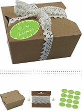 das-label | 10 x Geschenkboxen aus braunen Kraftkarton mit maigruen-creme Aufkleber 10 x MIT VIEL LIEBE GEMACHT!! + Häkelspitze | Naturboxen als Geschenkverpackung oder Transportbox für Kuchen | Cupcakes | Pralinen | Kekse und viel mehr