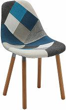 Daw Stuhl gepolstert mit Patchwork-Stoff in