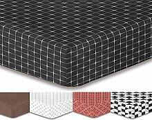 DecoKing Premium 95652 Spannbettlaken 200x220 cm Steg 30 cm schwarz weiß geometrisches Muster Spannbetttuch Microfaser Bettwäschegarnituren black white Hypnosis Collection Mystery 2