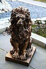 Deko Figur Statue Gartendeko Löwe Skulptur sitzend auf Podest 57 cm wetterfes