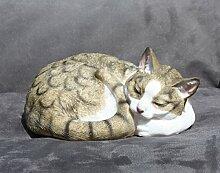 Dekofigur Katze eingerollt schlafend Katzenfigur Deko für Innen und Außen