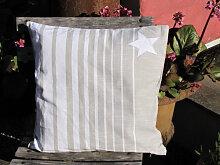 Dekokissen Alcea Stern hell 40 x 40 cm
