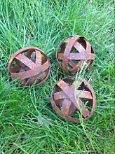 Dekokugel aus metall ,3st Edelrost ,Gartenkugeln .Gartendeko Deko Eisen Ros