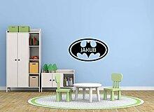 Der Name des Kindes und das Batman-Logo. Blatt 60x90cm Aufkleber an der Wand. Dekoration für ein Kinderzimmer. Schöner Wandaufkleber. Plus kostenlose vier Aufkleber mit dem Batman-Logo!