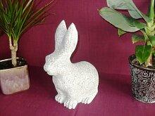 Der Naturstein Garten Hase aus echtem Granit 20 cm