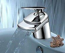 Design Armatur im Exklusiv Design | Einhandmischer | Bad Wasserfall Waschbecken