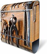 Design Briefkasten mit Zeitungsfach, Designer Motivbriefkasten mit Zeitungsrolle kaufen, für A4 Post, groß, bunt, Briefkastenschloss 2 Schlüssel, von banjado Motiv Werkbank