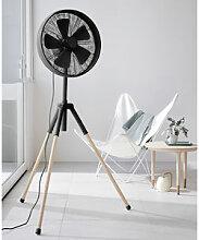Design-Ventilator mit Dreifuß aus Eschenholz
