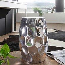 Designer Tisch aus Aluminium Hammerschlag Optik