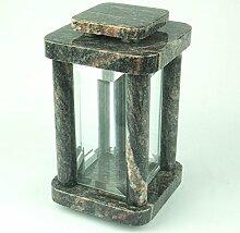 designgrab Modern Grablampe aus Granit Himalaya