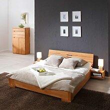 Doppelbett in Buchefarben geölt
