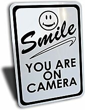 Dozili Smile You Are On Kamera-Schild, Aluminium,
