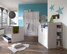Dreams4Home Babyzimmer Set 'Holmes' - Bett, Schrank, Wickelkommode, Unterschrank, Bettschubkasten, Babyzimmer, Kinderzimmer, in Weißeiche Nachbildung - Absätze in Ice White