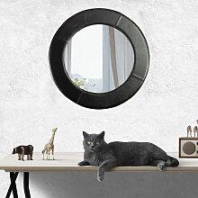 Ein wunderbarer Spiegel mit Rahmen aus echtem