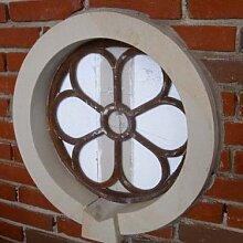 Eisenfenster, Fenster für den Giebel, ehemaliges