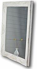 elbmöbel Wandspiegel in weiß antik mit leichter Patina 82 x 62cm mit Holz-Rahmen Landhaus-Stil