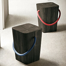 ELITE TO BE Hug Hocker aus Massivholz in Grau