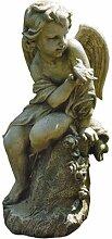 Engel auf Podest Statue