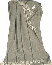 Extragrosse creme-graue Fischgrat Wolldecke - Tagesdecke mit dunkelgrauen Längsstreifen aus 100% skandinavischer Schurwolle, ca 220x260cm mit Fransen, 2000g