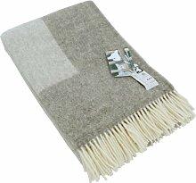 Extralange hellgrau melierte Wolldecke mit grauer Umrandung aus 100% naturbelassener skandinavischer Schurwolle, ca 240x140cm mit cremefarbenen Fransen, 1100g
