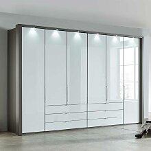 Falttüren Schlafzimmerschrank in Braun und Weiß