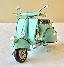 FandG Supplies Vintage Retro Blech Roller Vespa