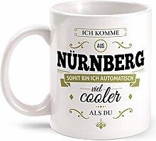 Fashionalarm Tasse Ich komme aus Nürnberg - beidseitig bedruckt mit coolem Spruch   Geschenk Idee für Nürnberger Männer & Frauen, Farbe:weiß