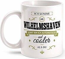 Fashionalarm Tasse Ich komme aus Wilhelmshaven - beidseitig bedruckt mit coolem Spruch   Geschenk Idee für Wilhelmshavener Männer & Frauen, Farbe:weiß