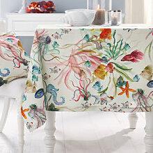 Feine Tischdecke mit faszinierenden