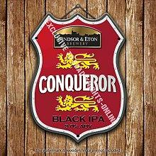 Fenster & Eton Conqueror Bier Werbe Bar, Alte Pub Drink Pumpe Abzeichen Brewery Fass Fass Fassbier Real Ale Pint Alkohol Hops Form Metall/Stahl Wandschild - 27 x 20 cm