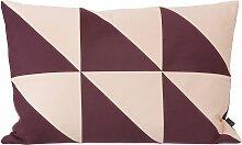 Ferm Living Twin Triangle Cushion Kissen Aubergine (l) 60 X (b) 40 Cm