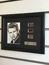 Filmposter von James Dean, gerahmt, Vintage-Stil.