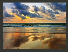 Fototapete Farbenfroher Sonnenuntergang am Meer