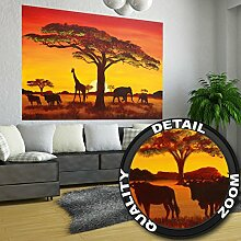 Fototapete Sonnenuntergang Afrika Wandbild Dekoration Elefant Giraffe Büffel Savanne Steppe Prärie Landschaft Africa Sunset | Foto-Tapete Wandtapete Fotoposter Wanddeko by GREAT ART (210 x 140 cm)