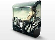 Frauenakt mit Zebras 39x46x13cm Briefkasten, Standbriefkasten, Briefkästen, Model, Meer, Kunstwerk, Gothic, Surrealismus