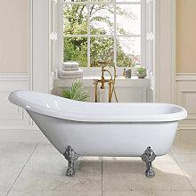 Freistehende Badewanne mit Retro Vintage