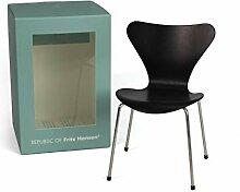 Fritz Hansen - Miniatur Serie 7 Stuhl, schwarz
