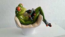 Frosch im Sessel mit Tablett, hellgrün, 14 cm
