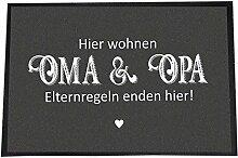 """Fußmatte mit verschiedene, lustige Sprüchen - schwarz-weiß - Schmutzfangmatte - Fußabtreter - Home - Textilien - Teppich, Matte, Geschenkidee (40 x 60 cm, """"Hier wohnen Oma & Opa - Elternregeln enden hier!"""")"""