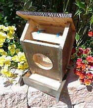 Futterstation, für Vögel / Vogel-Futterstelle,