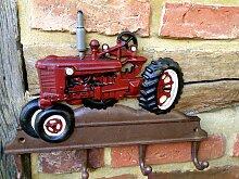 Garderobe Oldtimer-Traktor - ländliche