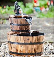 Gartenbrunnen Holzkübel mit Schwengelpumpe -