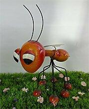 Gartenfigur Insekt aus Metall mit