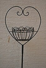 Gartenstecker -hübscher Pflanzstab - Meisenknödelhalter- aus Metall mit Korb in Herzform für den Garten, Höhe 115 cm, Breite 29 cm, stabile Ausführung,