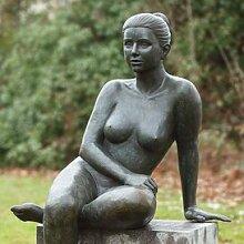 Gartentraum Edle Garten Frauenplastik aus Bronze - Ina, Bronze