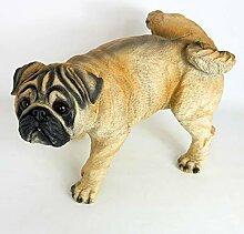 Gartenzaubereien Mops Hund mit Bein hoch