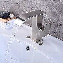 Gebürsteter Wasserhahn Natürliche gebogene