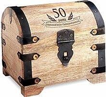Geld-Schatztruhe zum 50. Geburtstag mit Gravur - Hell - Bauernkasse - Schmuckkästchen - Spardose - Aufbewahrungsbox aus Holz - lustige und originelle Geburtstagsgeschenk-Idee - 14 cm x 11 cm x 13 cm